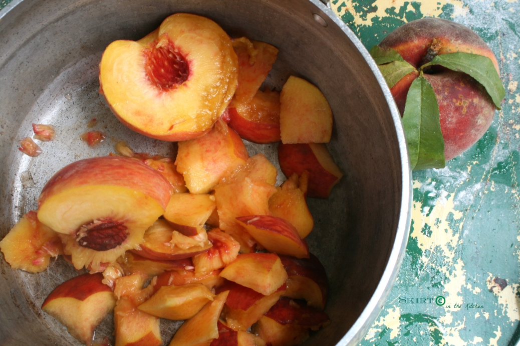 IMG_0700 peach cobbler pie